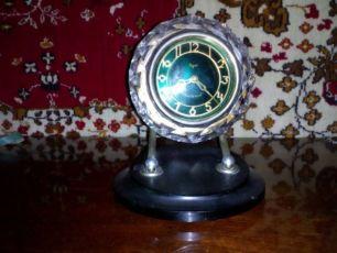 Хрустальные часы
