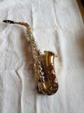 Саксофон альт Yamaha YAS 25