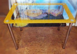Стеклянные обеденные кухонные столы в Наличии и под заказ