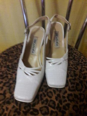 52d783f40 Свадебные туфли с открытым задником, 39размер.: 100 грн. - Свадебная ...