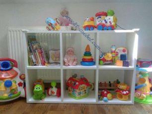 Белый стеллаж в детскую для игрушек, книг, стеллаж белый прямой в офис