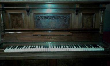 Антикварное немецкое пианино Feurich Leipzig