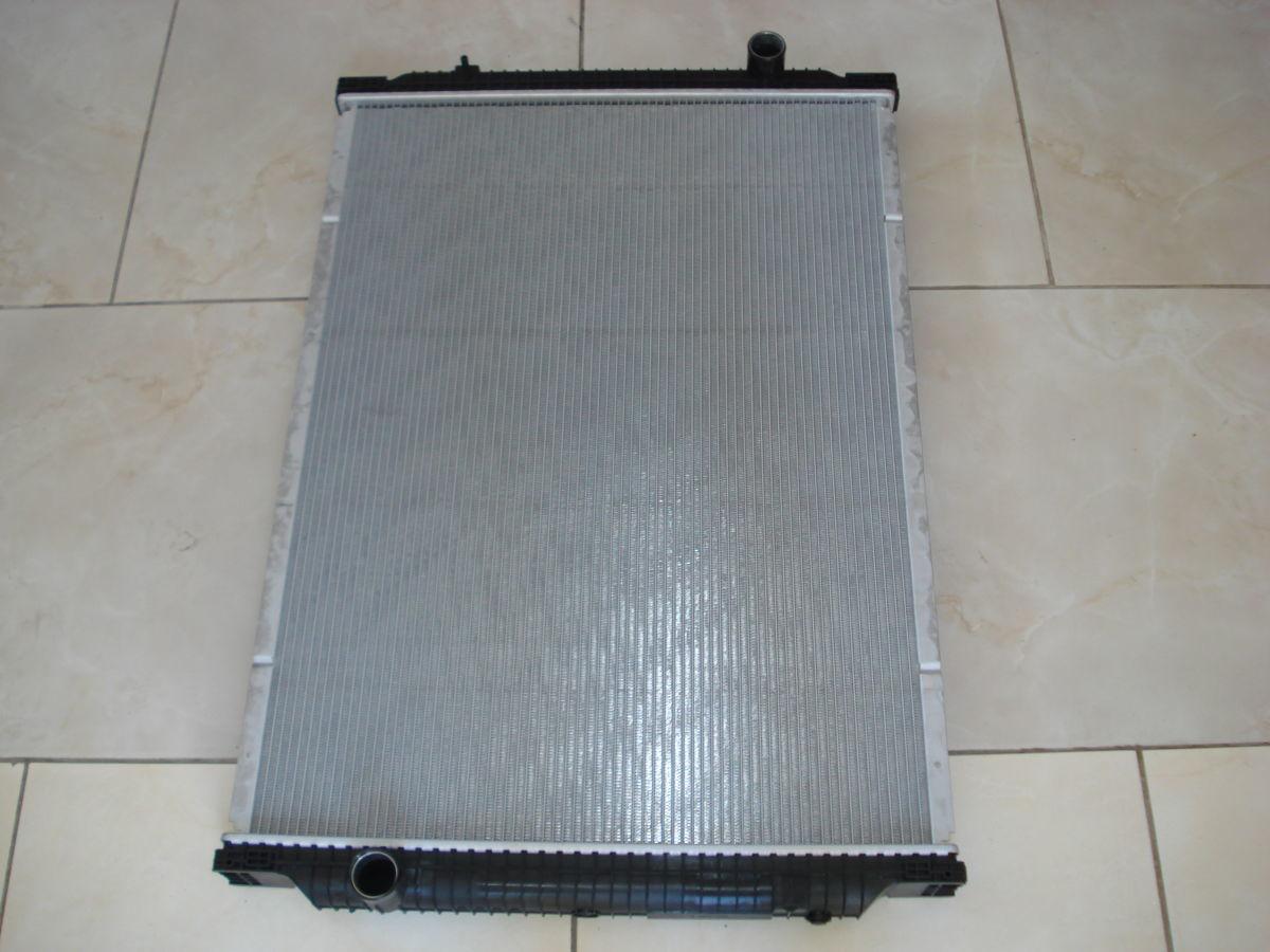 5010315764 Радиатор, охлаждение двигател основной Renault Premium
