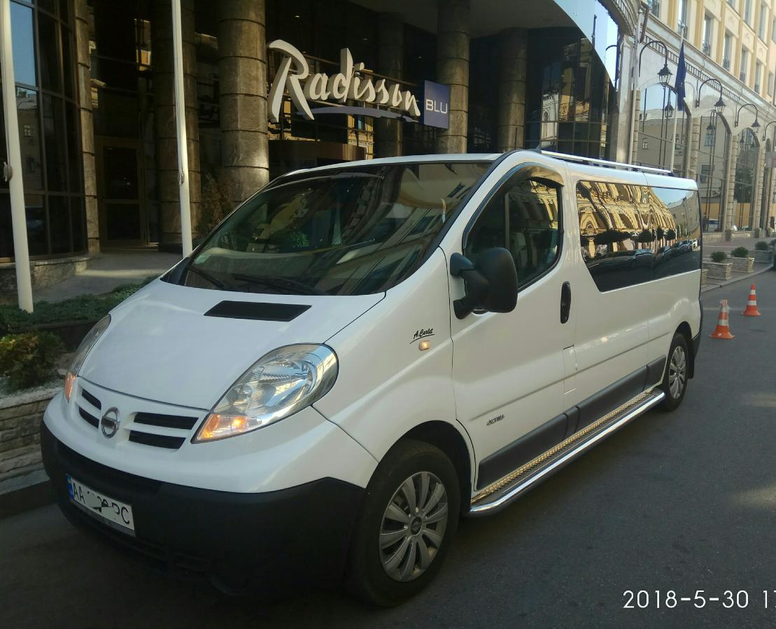Аренда минивэна. заказать микроавтобус на 8 пасс.мест. авто на свадьбу