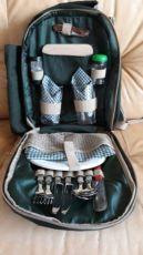 Продам рюкзак для пикника Golden Catch с набором посуды на 2 персоны