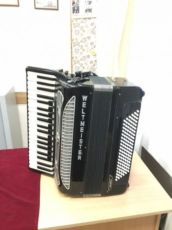 Готово-выборный аккордеон Weltmeister Supita 1