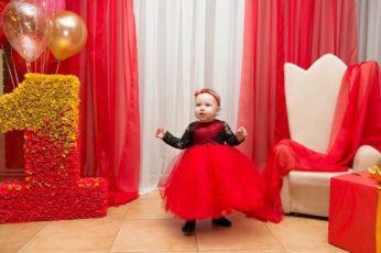 Красное платье на годик для девочки