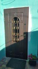 Металлические двери железные двери входные двери бронированные двери