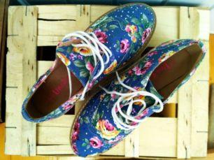 Кроссовки туфли слипоны на высокой подошве цветы женская обувь кеды