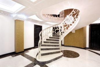 Мраморные ступени. Облицовка лестниц. Подоконник из мрамора, гранит