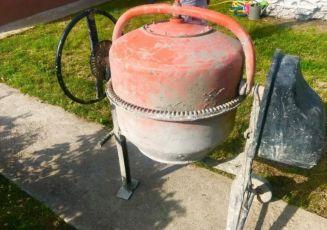 Бетономешалка на 160 литров компактная бу нормалтное состояние