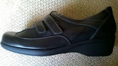 Продам женские туфли кроссовки Жіночі туфлі кросівки, Италия