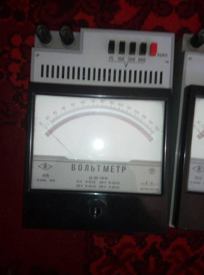 Вольтметры Э-515, 0-150в.  -1шт.