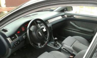 Продам Audi A6 C5 2.5 TDI 2001 года в отличном состоянии