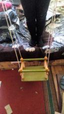 Дитяча гойдалка Дерев'яна кімнатна качелька Качеля підвісна подвесная
