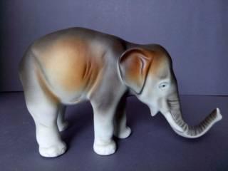 Фарфоровая статуэтка фарфор Чехия Royal Dux Bohemia Слон