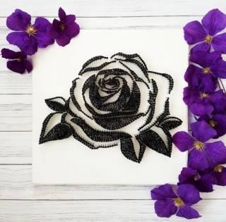 Картина из ниток, String Art черно-белая роза (стринг арт)