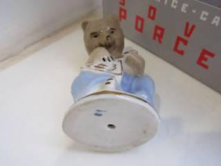 """Фарфоровая статуэтка """" Мишка с балалайкой"""" Городница старая 9"""