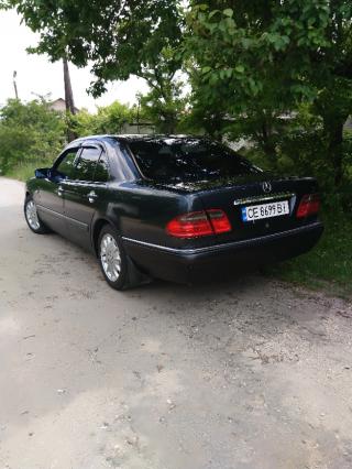 Mercedes-Benz E 280 5