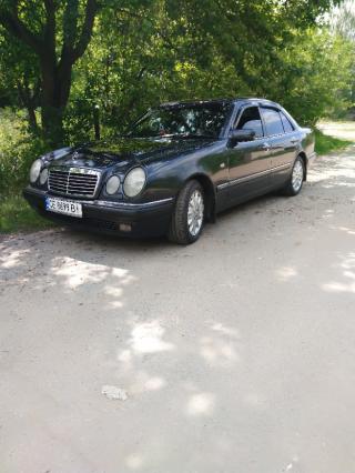 Mercedes-Benz E 280 6