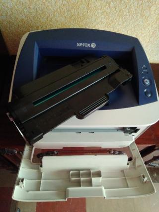 Лазерный принтер Xerox Phaser 3160B в отличном состоянии 3