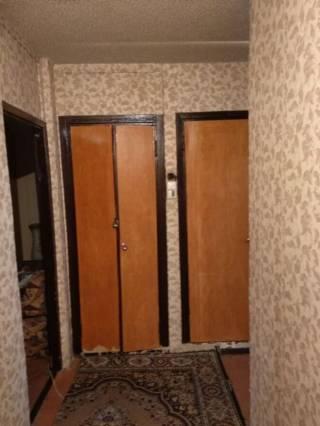 Продам 1 комнатную возле Индустриальной 10