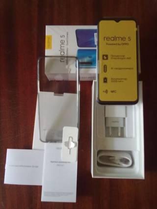 Смартфон Realmy 5
