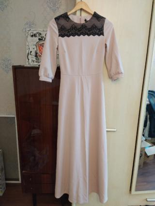 Платье нарядное с кружевом 3