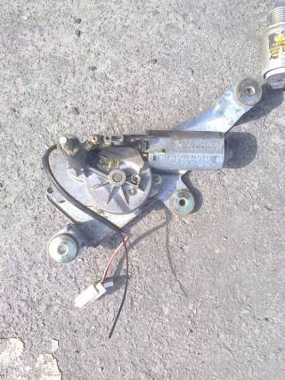 93BG17K441W1B Моторчик стеклоочистителя заднего стекла, Ford Mondeo-1