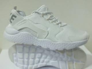 Жіночі кросівки Nike Air Huarache  38 39 розмір 00243