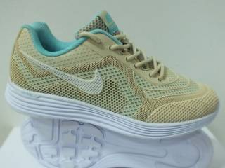 Жіночі кросівки Nike AIR MAX Free 5.0  36 39 розмір 00241