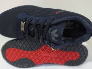 Жіночі кросівки Adidas  38 39 розмір 00232 2
