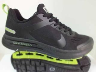 Жіночі кросівки Nike SHIELD STRUCTURE 17    39 розмір   00222