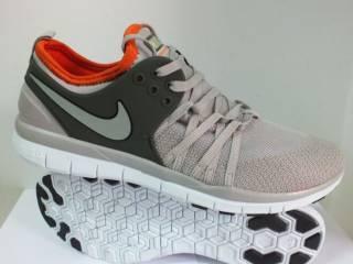 Жіночі кросівки Nike FREE 5.0 Training  40 розмір 00225