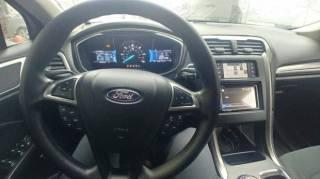 Ford Fusion Hybrid 2.0 6