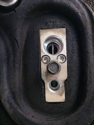 Расширительный клапан кондиционера Nissan PATHFINDER  ARMADA QX 92200