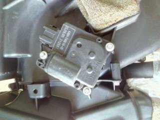 Nissan Pathfinder Armada Infiniti QX56 привод заслонки 27743-5Z010
