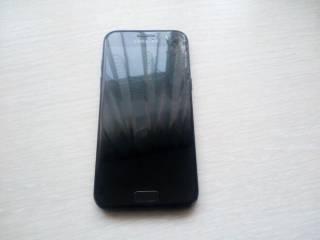 телефон Samsung Galaxy A3 (2017) SM-A320FL