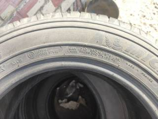 Продам б/у шины Michelin 215/65 R16 102H Latitude cross M+S