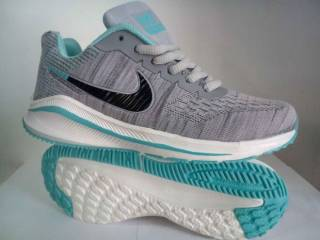 Жіночі кросівки Nike zoom FLYKNIT Max  37 39 розмір 00125