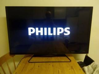Philips ультратонкий 3-D, LED-телевизор