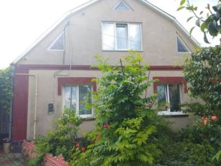 Продам дом в селе Пирогово ( р-н школы и склепа Пирогова)