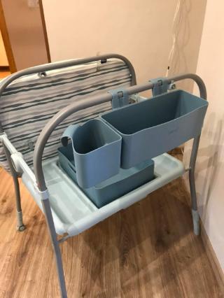 Продам пеленальный столик с ванночкой Chicco 3
