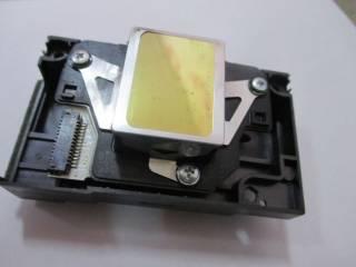 Печатающая головка принтера Epson F180040 3