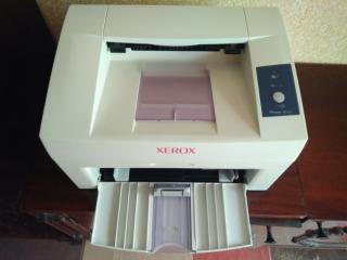 Лазерный принтер Xerox Phaser 3117 в рабочем состоянии 2