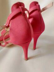 Шкіряні коралово-рожеві босоніжки (39/25 см) 7