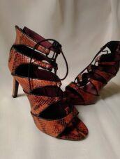 Шкіряні босоніжки зі зміїним принтом Andre 3