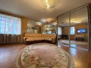 Продам 3 ком. квартиру в центре, ул.Ленинградская