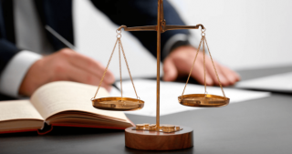 Адвокат Юрист по гражданским делам/кредитным спорам