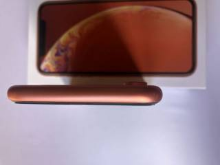 Продам СВОЙ  Iphone XR 64 Coral 7